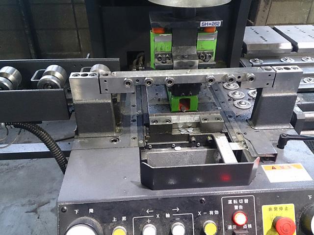 多目的形鋼加工機